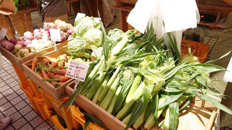 Farmers-Market-at-UNU20190525(5)