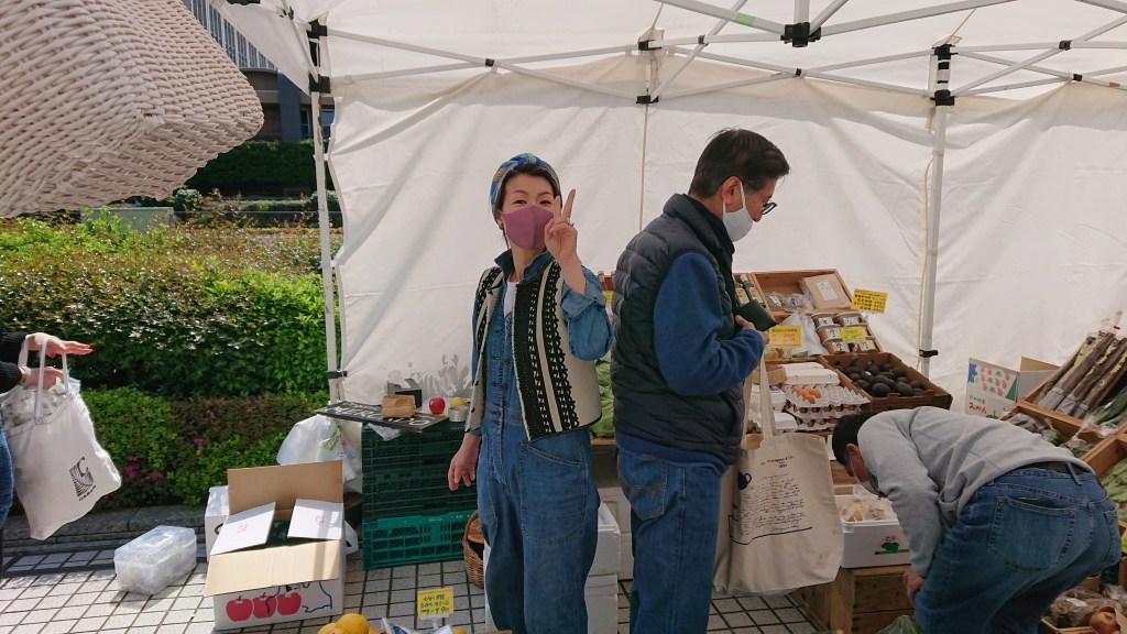 Farmers-Market-at-UNU20210410(23)