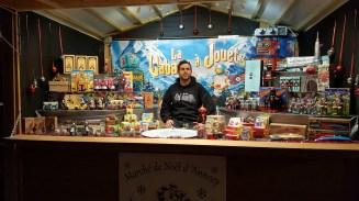 L'incontournable cadeau de noël sera présent au marché de noël d'Annecy. Mettre un jouet sous le sapin fera le bonheur des enfants. Ne ratez pas cette occasion et venez remplir vos hottes de cadeaux