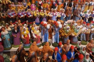 santons traditionnels colores