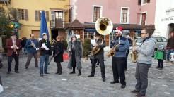 Les fanfares d'Annecy animent le Marché de Noël pour vous permettre de passer un moment agréable et festif