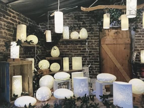 totem-diffusion-lampes-porcelaines-marche-de-noel-boulogne-billancourt-2018.jpg