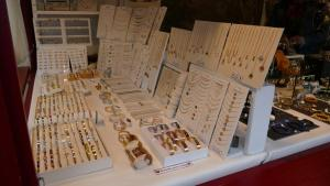 bijoux originaux sur le marche de noel du mans