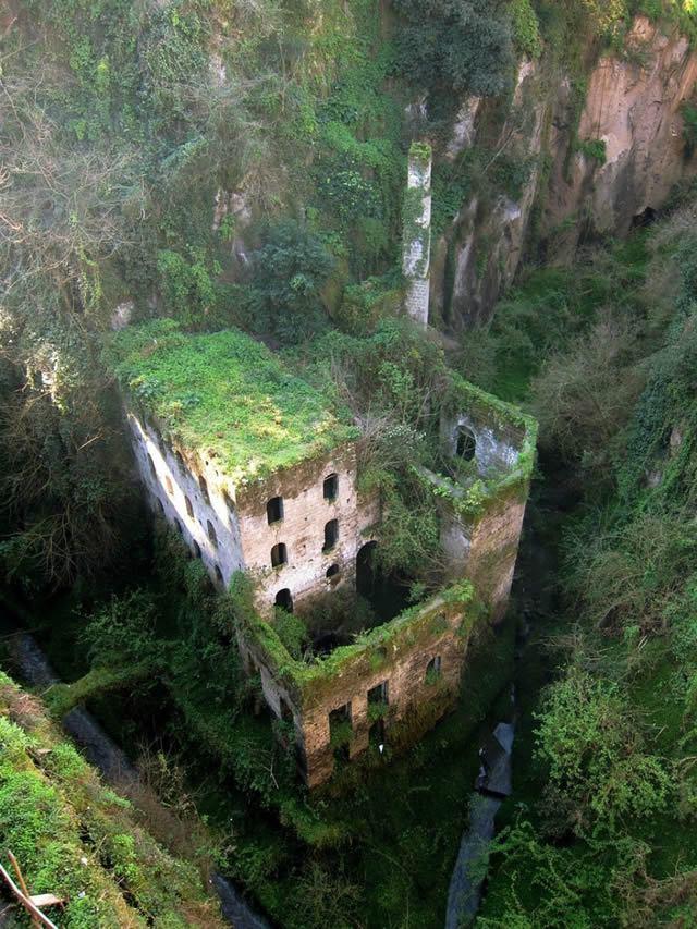 35 lugares abandonados más bellos del mundo (18)