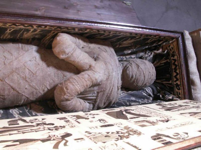 momia sotano abuela alemania (1)