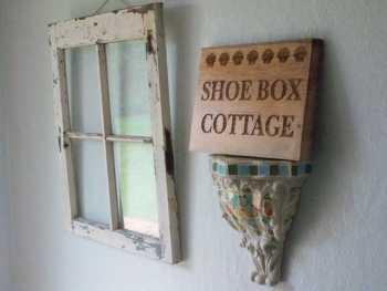 Shoebox cottage sign