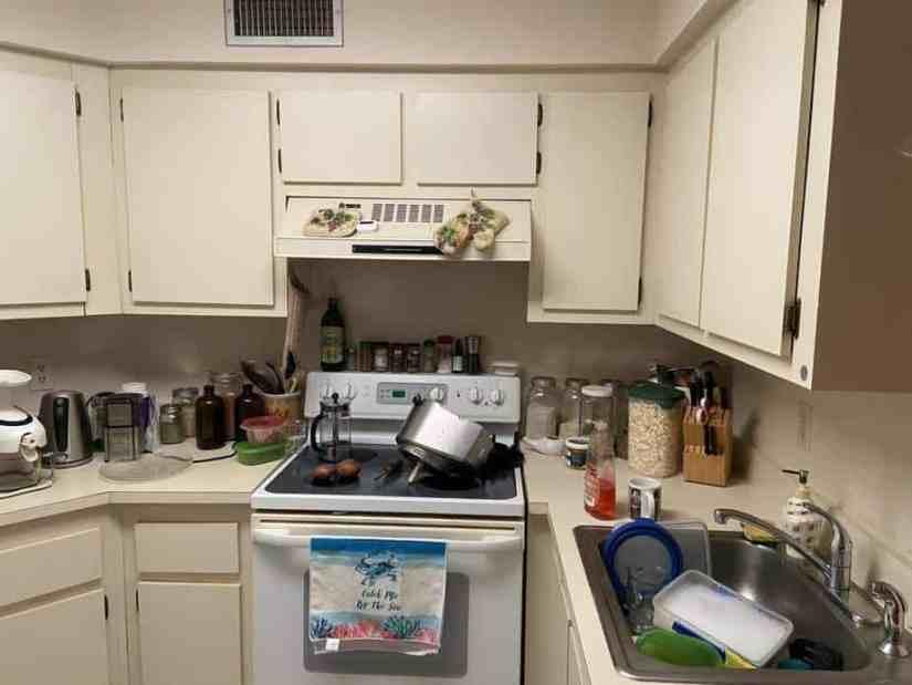 Condo flip kitchen before renovation