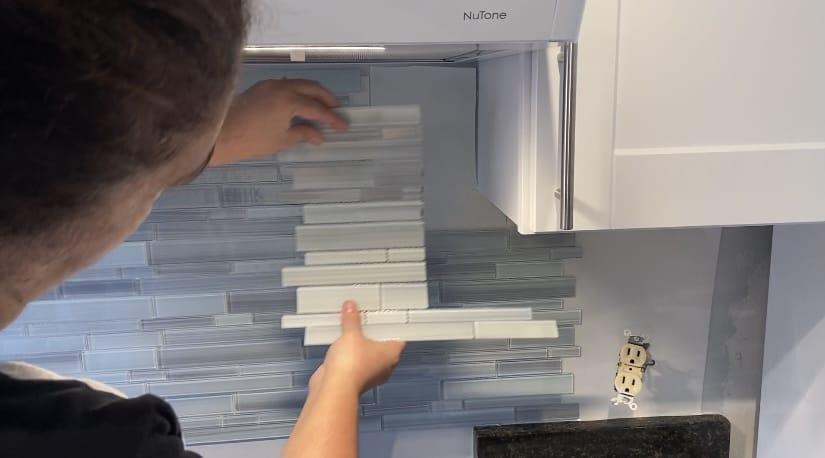 how to install backsplash using