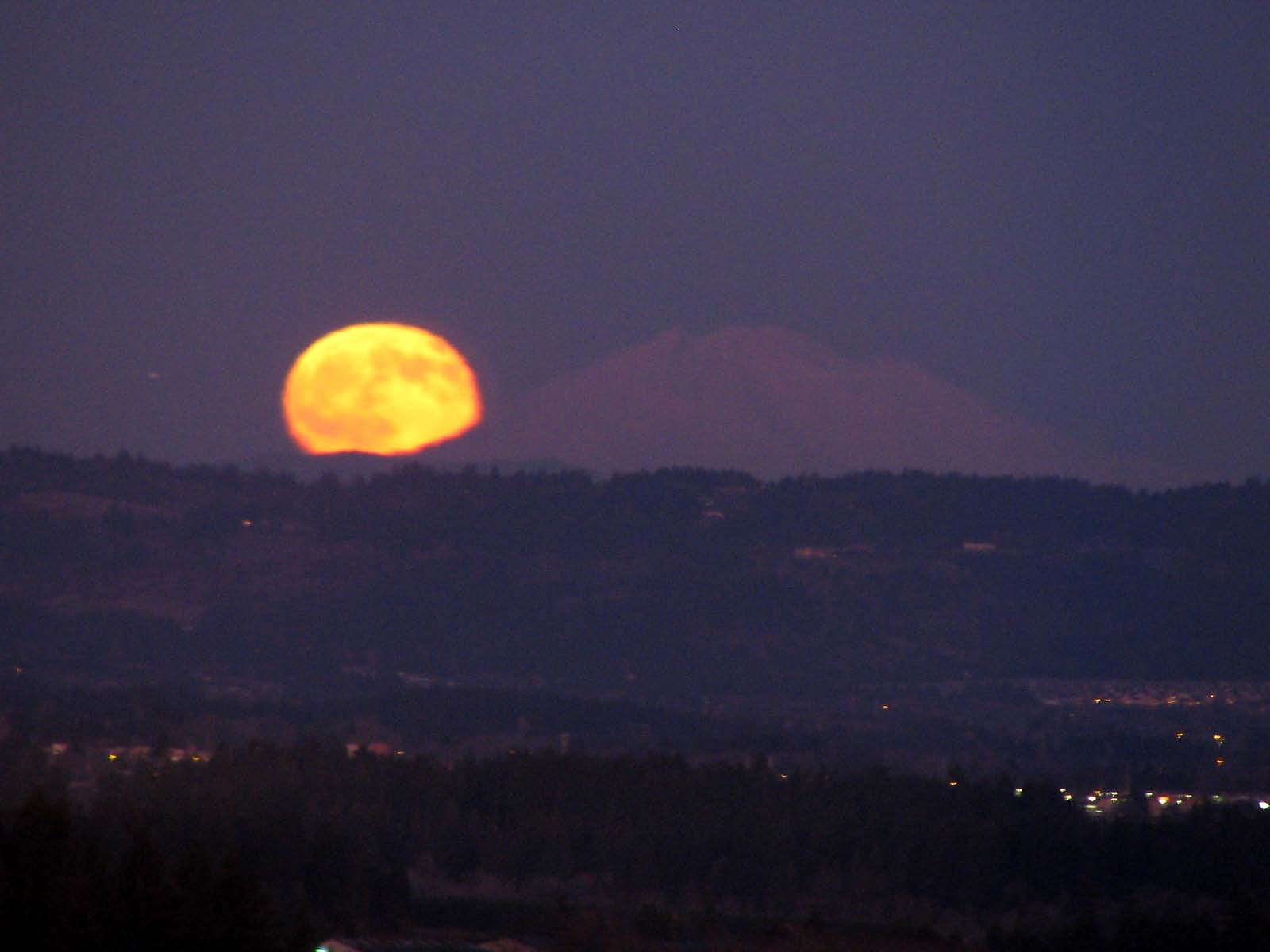 Christmas Moon coming over Mount St. Helens