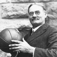 15 de Diciembre: 1891 nace el baloncesto fruto de la inventiva del canadiense James Naismith