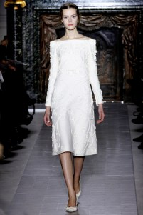 valentino-couture-spring-2013-07_172007279871