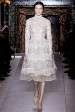 valentino-couture-spring-2013-16_17201418362