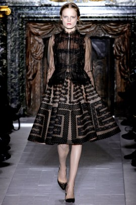 valentino-couture-spring-2013-18_17201637078