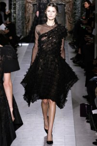 valentino-couture-spring-2013-33_172028643279
