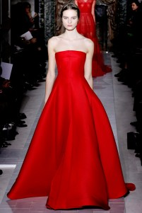 valentino-couture-spring-2013-36_172030437853