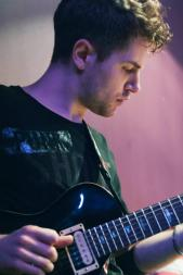 Guitar Lesson in Kilburn - Cricklewood - Willesden Green with Marco Cirillo