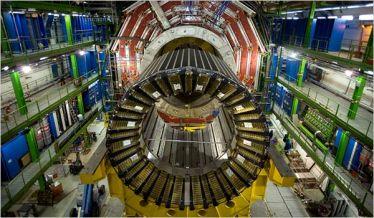 Una foto della macchina all'intenro del Cern (fonte Internet)