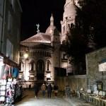 La via verso la Basilica del Sacro Cuore di Montmartre