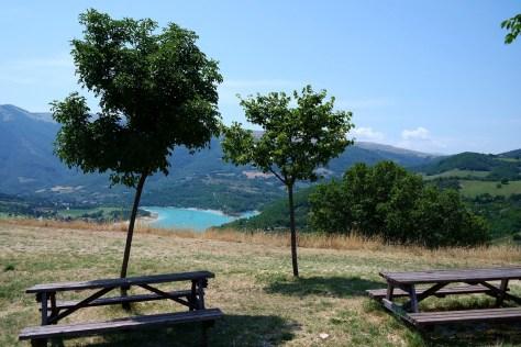 Lago di Fiastra - Punto Panoramico attrezzato.