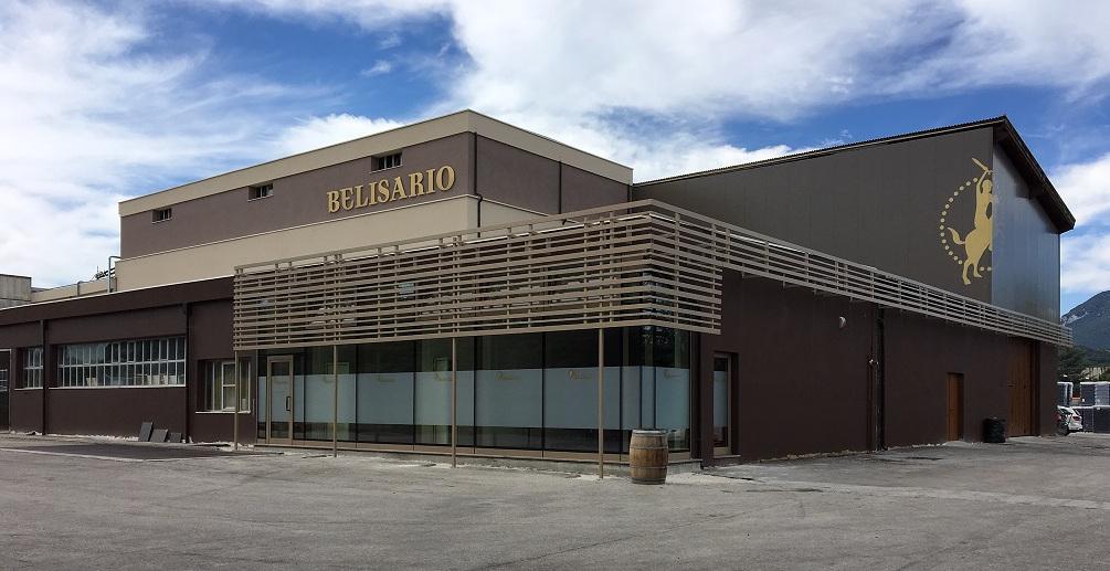 Belisario, condottieri di Verdicchio - La facciata dell'edificio principale dopo il restiling.