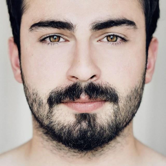 homem com barba por fazer