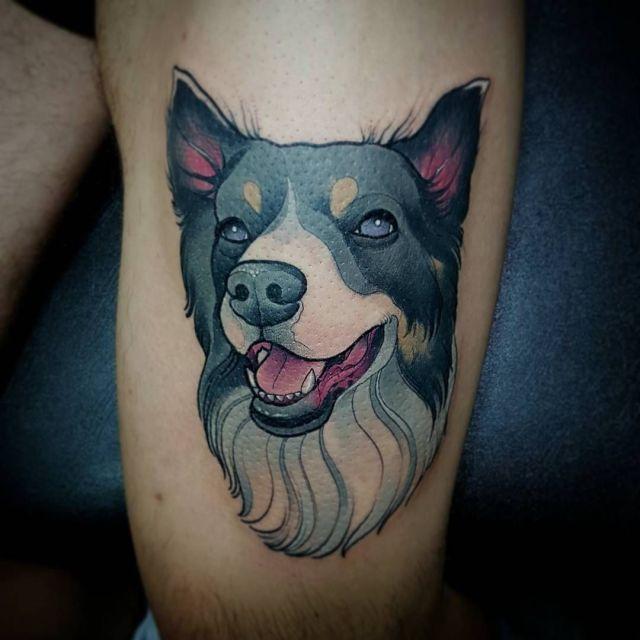 tatuagem masculina de cão