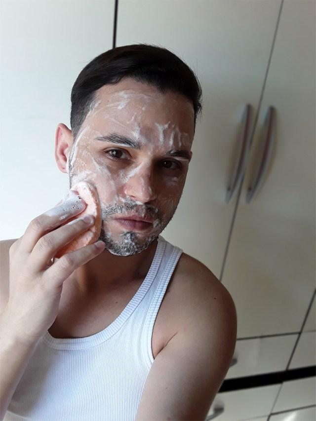 Lavando o rosto com Mary Kay