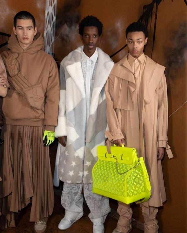 Bolsa Louis Vuitton neon