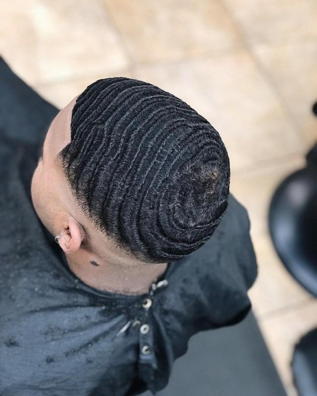 Estilo masculino: penteado para cabelos afros