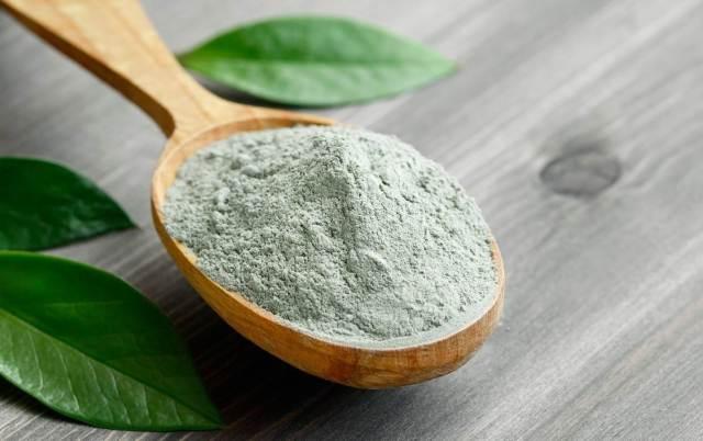 Argila verde para o rosto
