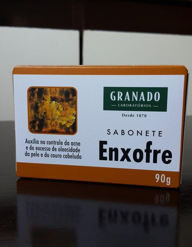 Sabonete de enxofre Granado para espinhas