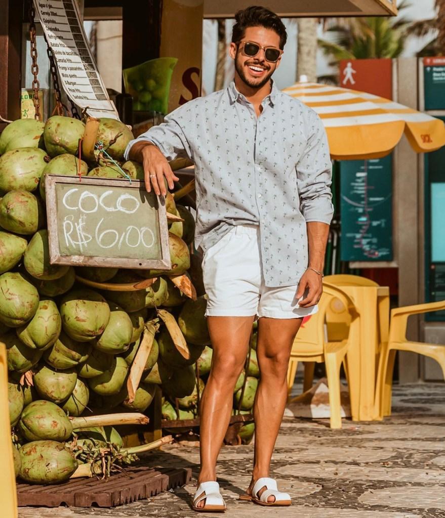 Blogueiro de moda masculina Rodrigo Coelho