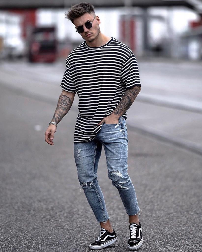 Camiseta com listras horizontais homem