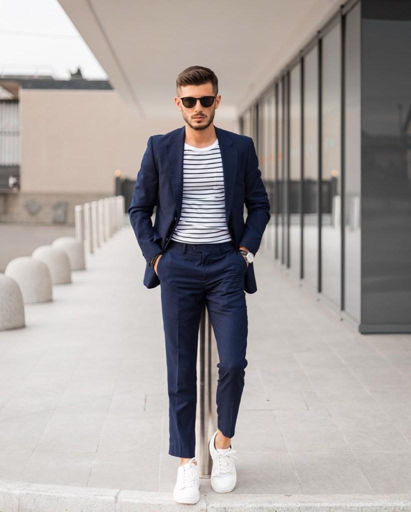 Roupa social: costume azul marinho