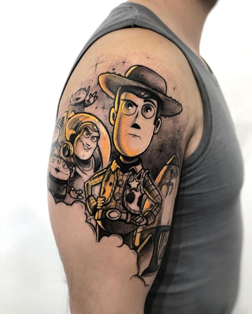 Tatuagem no braço Toy Story