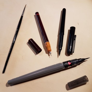 strumenti per disegnare con inchiostro da disegno
