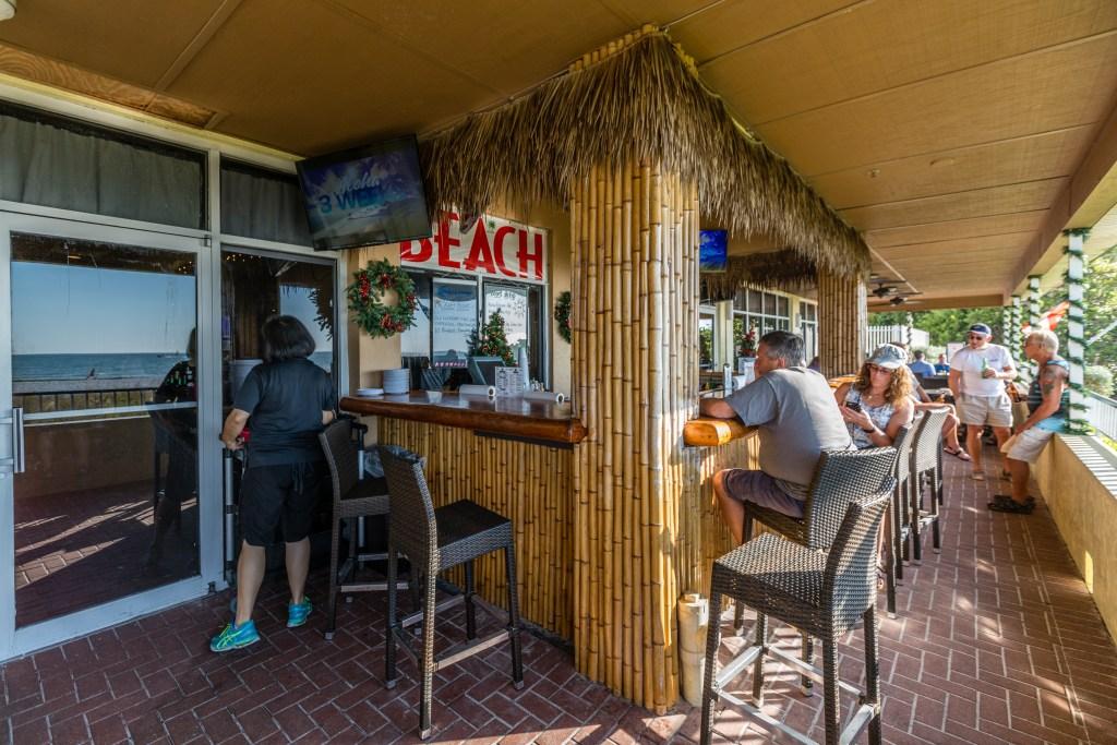 Sunset Grille Tiki Bar