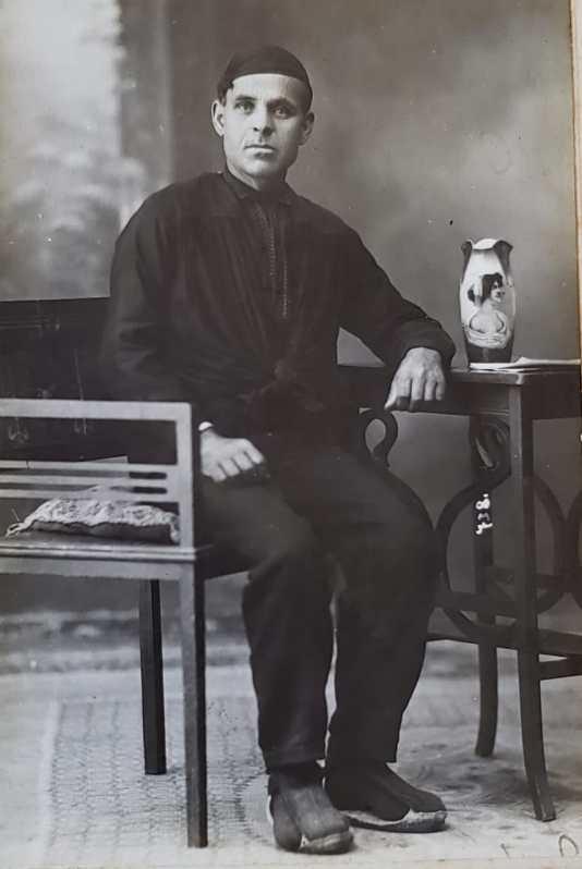 Tío Benjamín joven.