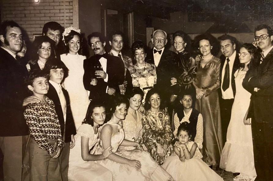 Foto familiar de matrimonio Luis Fernando