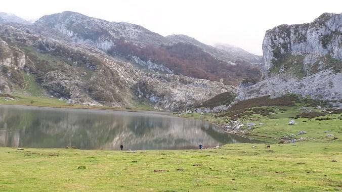 El_lago_Ercina_Covadonga_Marcosplanet
