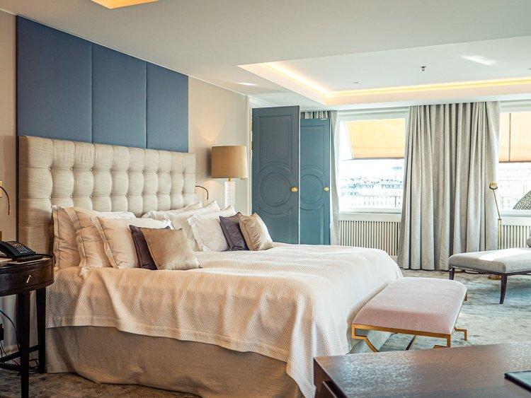 marcostrong_grandhotel_suitebedroom684491333154240105.jpg