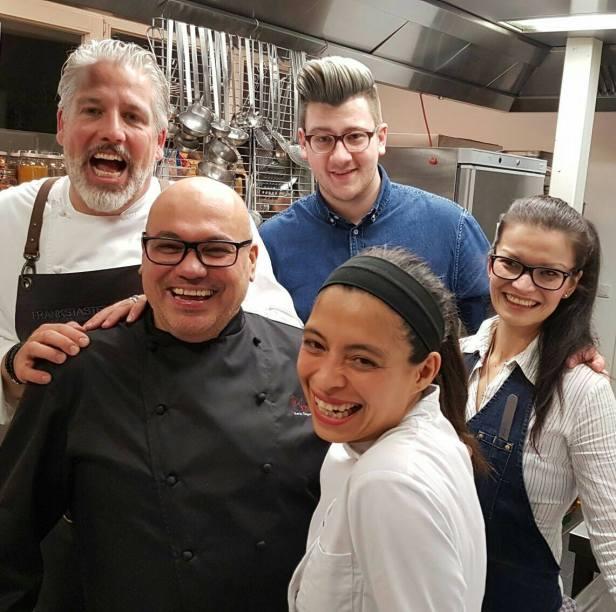 Das Team des 2. Löffelmenü-Abends: Frank, Marco, Fabian, Lavinia und Gina