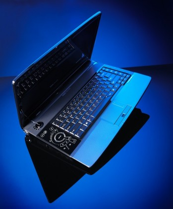 O tremendo Acer Aspire Gemstone Blue
