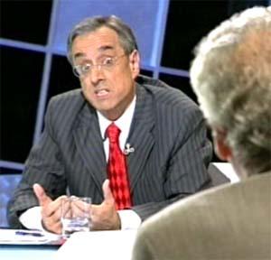 Suárez Canal discutindo con Luis Pérez