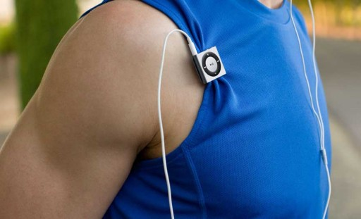 iPod shuffle na roupa