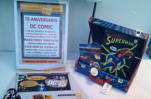 exposición de DC Comics na FNAC