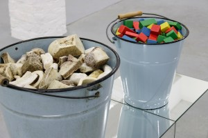 Marcus Kleinfeld, REALISATION (Detail), 2014 2 buckets, bones, toy bricks, mirrored plinth 100 x 90 x 30 cm