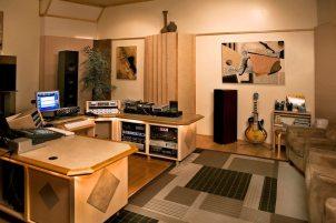 Terra Nova - Studio
