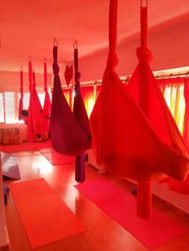 Yoga Aéreo terapáutico_Mar de Yoga_12