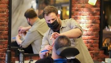 Saç tasarım uzmanı Yusuf Aydın'dan yağlı saçlar için öneriler